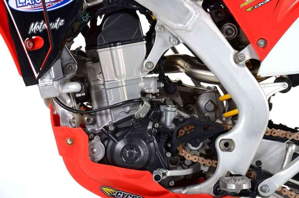 L.A.SLEEVE 4-Stroke engine repair