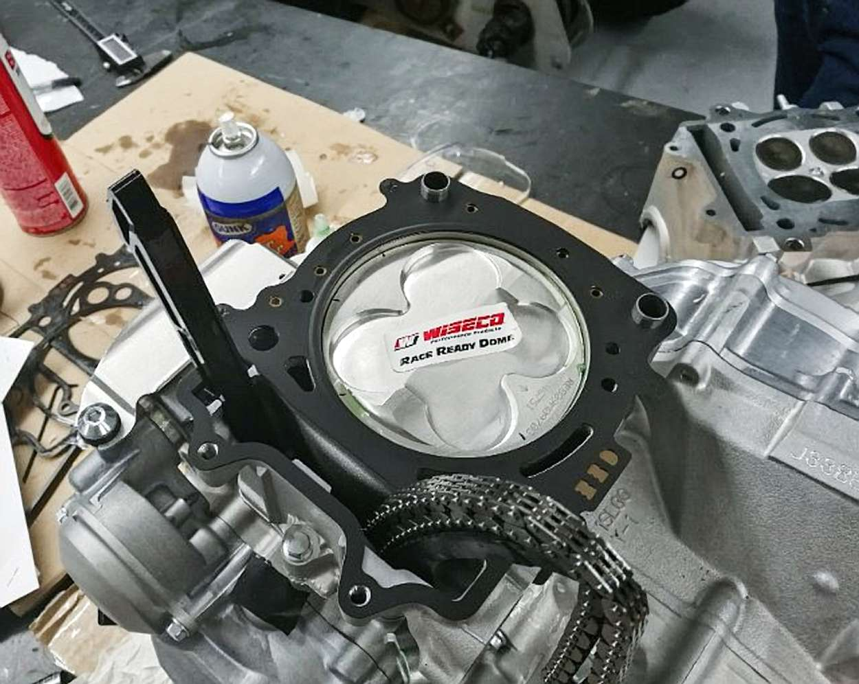 How to Know When to Replace the Piston in Your Motorcycle or